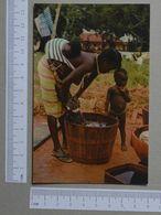 GUINÉ    - LAVADEIRA NATIVA  -  FULAUNDA - 2 SCANS  - (Nº19966) - Guinea-Bissau