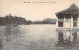 CPA Sri-Lanka Ceylan Le Club Sur Le Lac à Kandy (précurseur) F182 - Sri Lanka (Ceylon)
