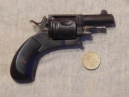 Revolver Liégeois - Epoque 19 ème  - Autorisé à La Vente D2 - Armes Neutralisées