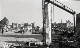 NEGATIF PHOTO ORIGINALE 39 / 45 WW2 WEHRMACHT FRANCE BEAUVAIS LA CATHEDRALE ET LA VILLE EN RUINE  LOT DE 5 NEGATIFS - War, Military