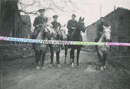 55 SAINT LAURENT SUR OTHAIN  / PHOTO / 1939 /  AVIATEURS NOMMES / 21e CORPS D'ARMEE ??? AVIATION / CHEVAUX / AVIATEUR - Autres Communes