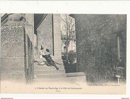 11 CARCASSONNE CITE L AMOUR AU MOYEN AGE FLIRT CPA BON ETAT - Carcassonne