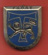 Insigne Ecole Des Sous Officiers D'Active Des Transmissions - Badges & Ribbons