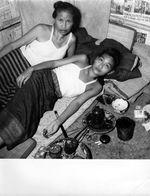 LUANG PRABANG - LAOS - ETHNOLOGIE - LAOTIENNE FUMANT OPIUM - 1953 INDOCHINE - Photos