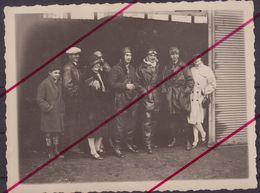 AVIATION : JOANNY BURTIN . Aviateur 1ere Guerre Mondiale . Groupe De Personnes . - Aviation