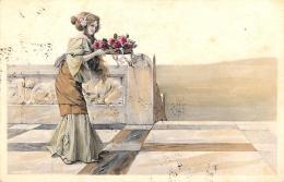 [DC11407] CPA - BELLA CARTOLINA ILLUSTRATA DONNA CHE PORTA FIORI - PERFETTA - Viaggiata 1906 - Old Postcard - Illustratori & Fotografie