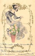[DC11411] CPA - DONNA SU VASO DI FIORI - RARA - PERFETTA - Viaggiata 1903 - Old Postcard - Cartoline