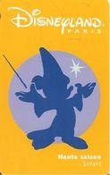 PASS--DISNEY-DISNEYLAND PARIS-1998-PERSONNAGE ENFANT-R° Lune Violet-V° SerieN°98043M-TBE - Pasaportes Disney