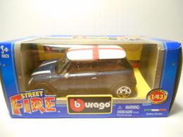 BURAGO 1:43 STREET FIRE MINI COOPER - Burago
