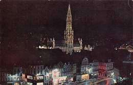 BRUXELLES - Hôtel De Ville La Nuit - Brussel Bij Nacht