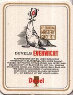 Duvel -  Celebrating Mastery Since 1871 - Duvels Evenwicht - Ongebruikt Exemplaar - Bierviltjes