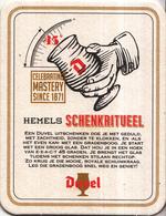 Duvel -  Celebrating Mastery Since 1871 - Hemels Schenkritueel - Ongebruikt Exemplaar - Bierviltjes