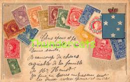 CPA EN RELIEF GAUFREE LE  LANGAGE DES TIMBRES UNITED KINGDOM STAMPS ROYAUME UNI ( LARGE CREASE ) - Timbres (représentations)