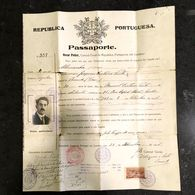 "Original 1922 PASSPORT Passaporte CONSULADO PORTUGAL Em LONDRES. 25 Cancels France Spain Belgium Italy ""via Marseille"" - Unclassified"