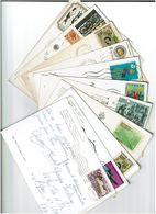 ITALIE / 800 Timbres Grands Formats Sur Cartes Postales - Italie