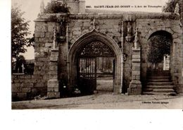 29------SAINT-JEAN-DU-DOIGT---l'arc De Triomphe---voir 2 Scans - Saint-Jean-du-Doigt