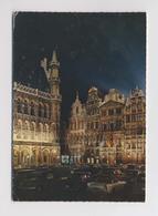 BRUXELLES - La Grand Place - LA NUIT - Parking De Voitures - Brussel Bij Nacht