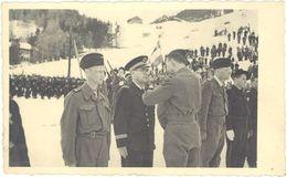 Cpa Militaire – Carte-photo Remise De Médailles – Innsbruck, Seka ( Autriche ) - Autres