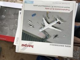 HERPA ACCESSORIES 1:500 AIRPORT ACCESSORIES 3 - Gioielli & Orologeria