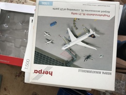 HERPA ACCESSORIES 1:500 AIRPORT ACCESSORIES 3 - Jewels & Clocks