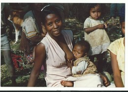 Original Photo Summer 1987 - Madagascar Ampely Suckle Woman And Baby Nude Breast - Africa
