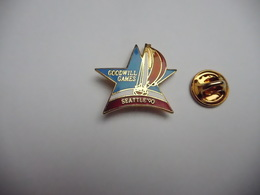 Beau Pin's En EGF , Marine Bateau Voilier  , Goodwill Games , Seattle 90 - Zeilen