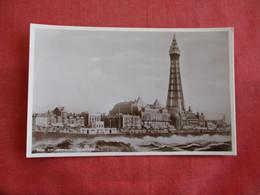 United Kingdom > England > Lancashire > Blackpool -- RPPC-- The Promenade    Ref 2824 - Blackpool