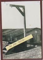 PHOTO - LE STRUTHOF. 67 - La Potence Du Camp De Concentration Allemand - Retirage En 15/10 Cm - Bagne & Bagnards