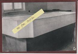 PHOTO - LE STRUTHOF. 67 - La Table De Dissection Du Camp De Concentration Allemand - Retirage En 15/10 Cm - Bagne & Bagnards