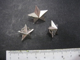 MED.1 DISTINTIVI MILITARI INSEGNE MILITARI ITALIA - 3 STELLETTE STARS - 1 GRANDE 2 PICCOLE PIN'S - Hueste