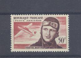 TIMBRE - 1955 NEUF 50 F. Aériens Aviation Maryse Bastié N°34 Cat. Yvert & Tellier 2012 - Côte 8 Euros - 1927-1959 Mint/hinged