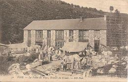 VIRE  -  A Vallée Des Vaux,  Travail Du Granit - Vire