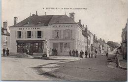 36 - ECUEILLE -- La Place  Et La Grande Rue - France