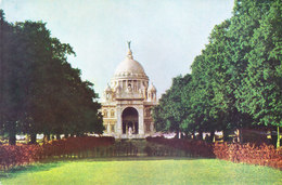 INDIA : COLOUR PICTURE POST CARD : TOURISM : VICTORIA MEMORIAL, CALCUTTA / KOLKATA : VIEW FROM THE SOUTH - India