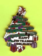 Pin's Happy Pin Trading Holidays (Disney?) Arbre De Noël - 4O14 - Christmas