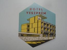 D156550  Hotel Label -Hotel Veszprém  - Hungary - Hotel Labels