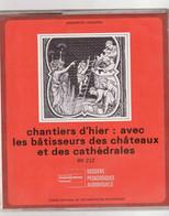"""LES BATISSEURS CATHEDRALES ET CHATEAUX """"TTB ETAT"""" TEXTE ET 16 DIAPOSITIVES Dossiers Pédagogiques TTB état - Diapositives (slides)"""