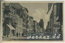 Thorn V.1941 Kulmer Gasse Mit Hotel Und Geschäfte Und Fahnen  (5075) - Ostpreussen