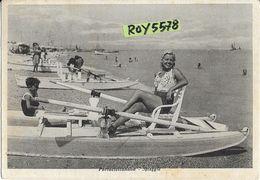 Marche-macerata-portocivitanova Spiaggia Veduta Barca Salvagente Donna Pin Up In Costume Epoca Bagnanti Barca Anni 40/50 - Italia