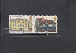 GRAN BRETAGNA  1975 - Unificato  751/2 (coppia) - Architettura - Usati