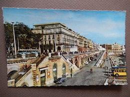 CPA - ALGER - LES RAMPES - LE SQUARE BRESSON - L'HOTEL DE L'OASIS - BUS - 1958 - PHOTO VERITABLE  - R11468 - Algiers