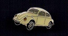 "SUPERBE   PIN'S   EMAILLE    "" COCCINELLE  *    JAUNE   * - Volkswagen"