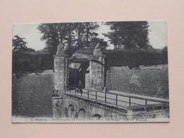Mézières Première Porte De Pont De Pierre, Avant La Démolition ( 32 - COUTY / A. Gelly ) Anno 19?? ( Voir Photo ) ! - Charleville