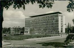 AK Troisdorf, Hauptverwaltung Der Dynamit AG, VW Käfer Rechts Im Bild, O 1967 (28555) - Troisdorf