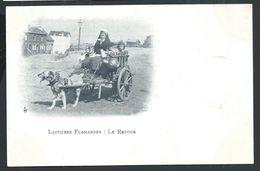 +++ CPA - Ferme - Métier - LAITIERE FLAMANDE - Le Retour - Attelage Chien  // - Fermes