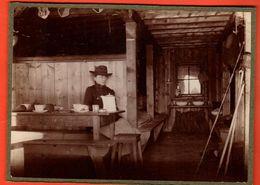 2 Photos Originales Vers 1895 Sur Carton.Cabane Orny Sur Champex Près Verbier Suisse Et Intérieur Cabane - Anciennes (Av. 1900)