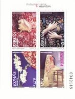 2004, Spanien, 3945/48 Block 137, Traditionelle Kleidungsstücke - Mantón. MNH ** - 1931-Hoy: 2ª República - ... Juan Carlos I