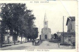 TARN - 81 - VAOUR - Place De L'Eglise - Pliure - Vaour
