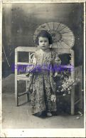 86021 REAL PHOTO COSTUMES CARNIVAL DESGUISE CHINESE WITH UMBRELLA POSTAL POSTCARD - Unclassified