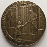 Médaille Bronze. Yvonne Vieslet 1908 - 1918. Jenny Lorrain. 67 Mm - Belgium